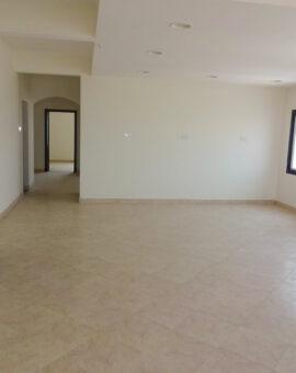 للبيع شقة سكنية راقية بمنطقة الجنبية