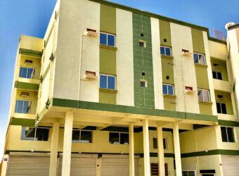 للإيجار مبنى إستثماري يتكون من 3  دور بمنطقة هورة سند