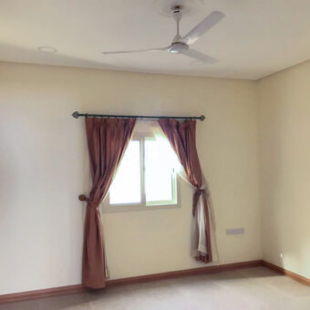 Simi-Furnished flat for rent in Zinj