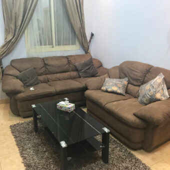 Flat for rent fully furnished located in Zinj