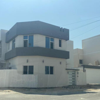 Villa for sale with three bedrooms, located in AlMalkiya