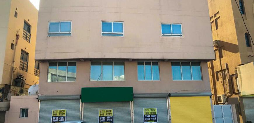 للإيجار معرض تجاري، بمساحة 45.00 متر مربع