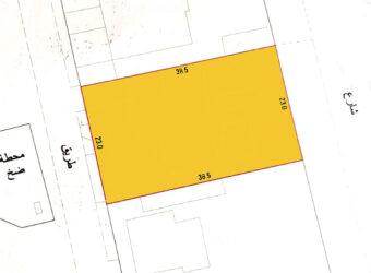 للبيع أرض إستثمارية B4 بمنطقة (مقابل شارع الاستقلال مباشرة)