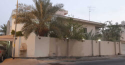 Villa for sale with five bedrooms located in East Riffa