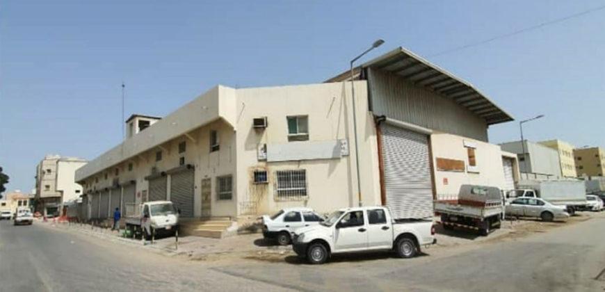 للبيع مبنى إستثماري يتكون من 1  دور بمنطقة النويدرات