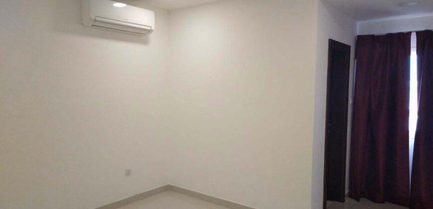 للإيجار شقة سكنية تتكون من غرفة نوم واحدة بمنطقة  توبلي