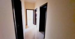 للإيجار مكتب تجاري بمنطقة جرداب شارع 77، بمساحة 120.00 مربع تقريباً، سعر الإيجار -/ 250 بالشهر