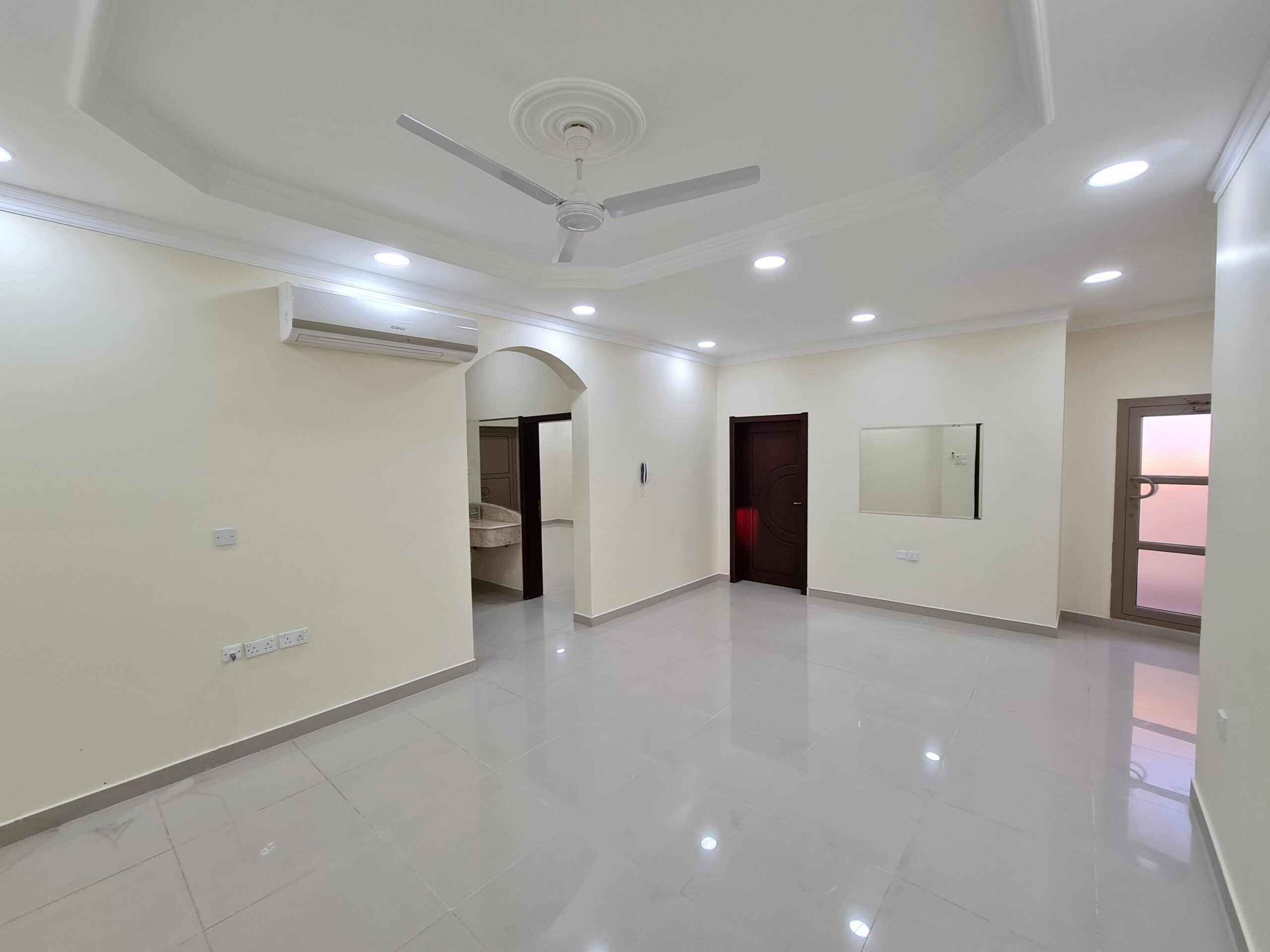 Three bedrooms flat for rent in Jurdab semi furnished without EWA