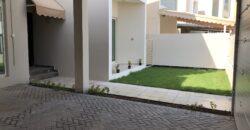 للبيع فيلا سكنية راقية تتكون من أربع غرف نوم، بمنطقة جزيرة أمواج، بقيمة -/ 360,000 دينار وقابل للتفاوض