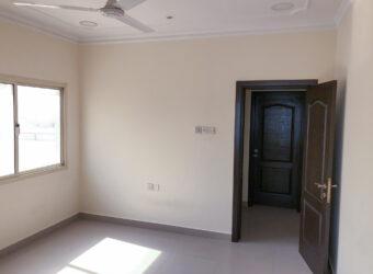 للإيجار مكتب تجاري بمنطقة السهلة الشمالية، بمساحة 110.00 متر مربع تقريباً، سعر الإيجار -/ 160 بالشهر