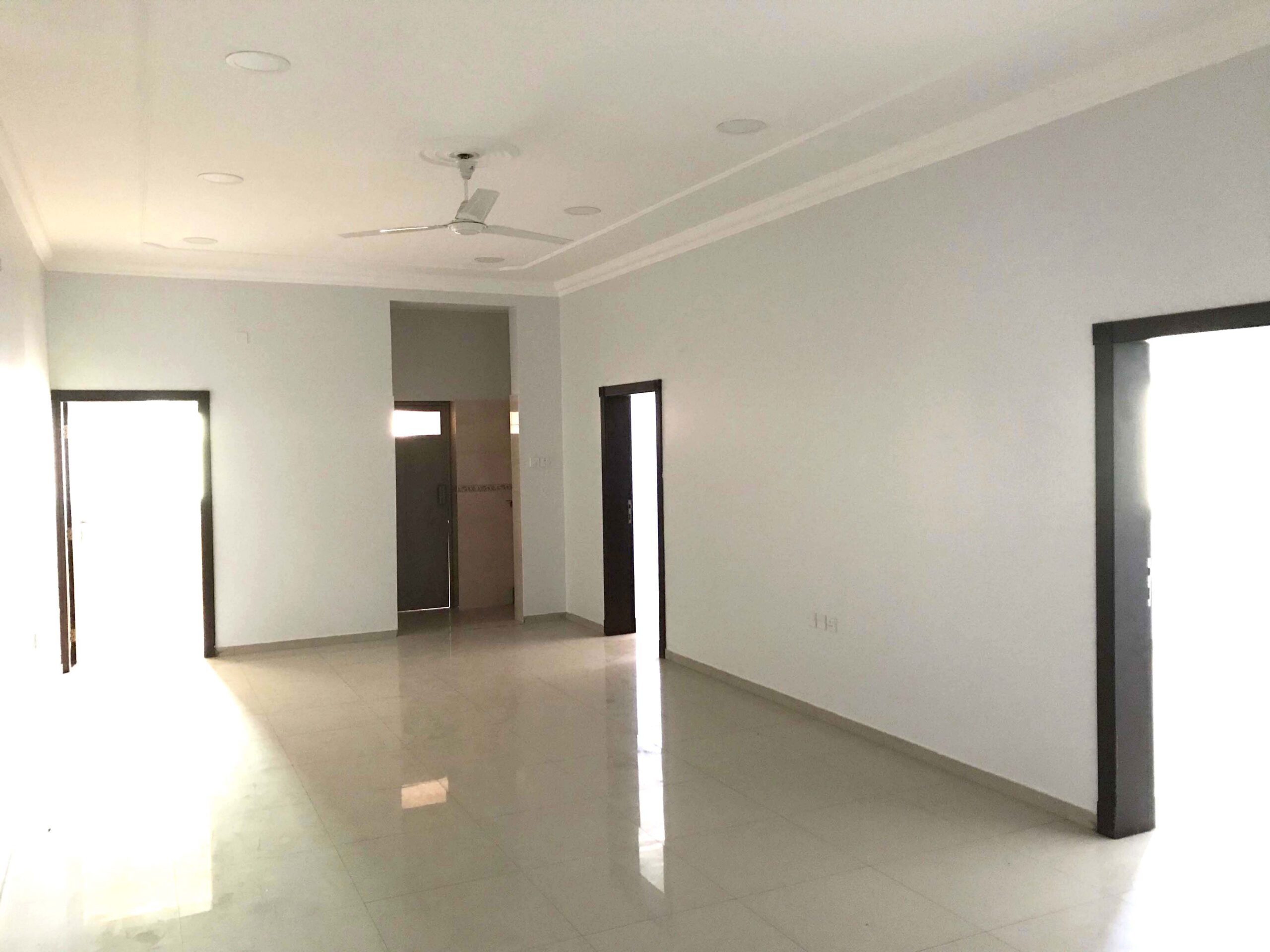 Flat for rent located in Moqsha Town