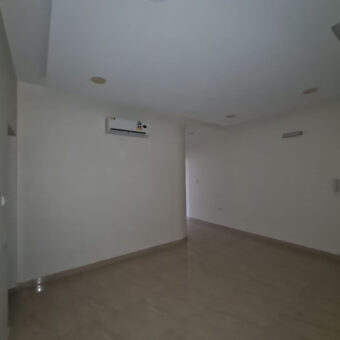 Flat for rent located in Al Maqsha