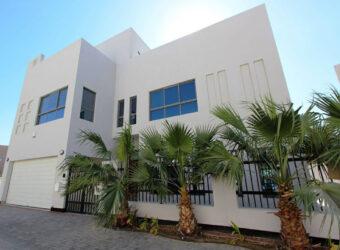 للبيع فيلا سكنية فاخرة تتكون من خمس غرف نوم بمنطقة بو قوة (سرايا 2)